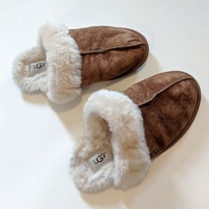 UGG Sheepskin Fur Lined Shearling Leather Slippers
